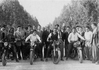 1951. 04 Villaggio Giordani. Finale corsa al rallentatore.Vinta da Giorgio Galliani F