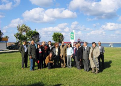 2004 11 19 Tripoli Viaggio Foto di gruppo a Misurata