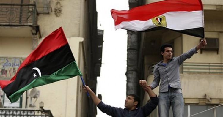 Bandiera libica ed egiziana