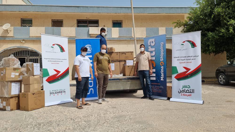 L'Italia consegna attrezzature mediche alla Libia